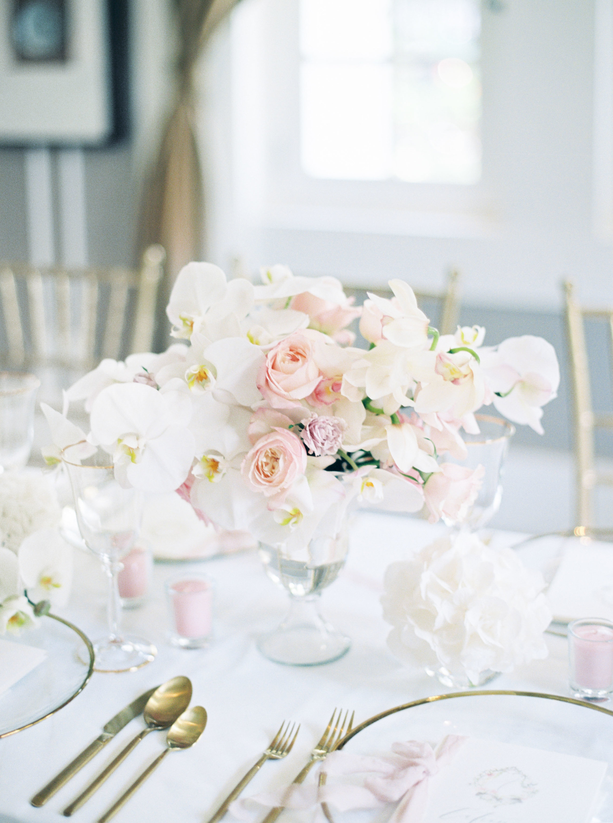 Jakarta-Elegant White Blush Baby Shower-Dimitri Events-Studio June Film Photography & Styling-15.jpg