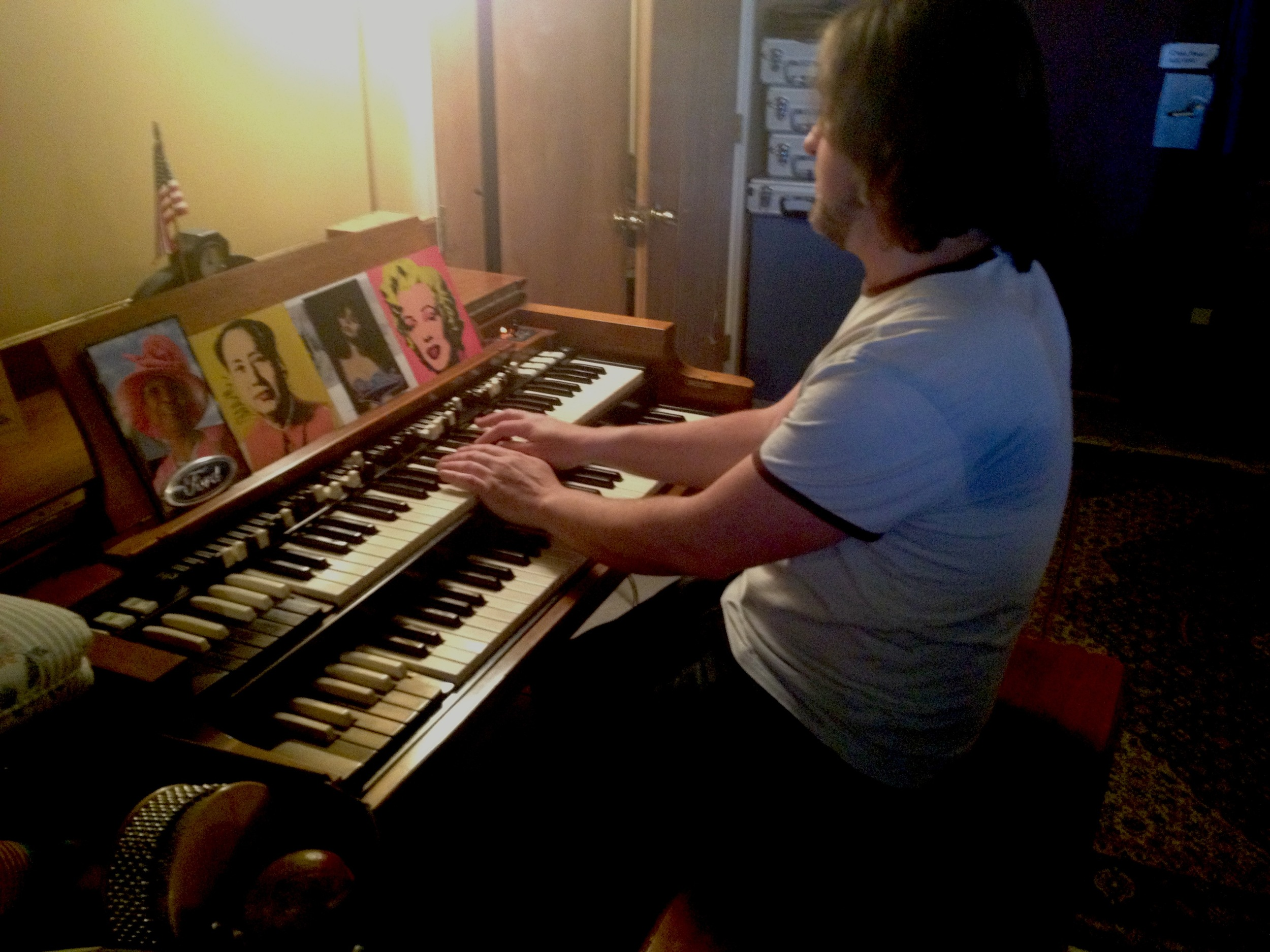 tom organ.jpg