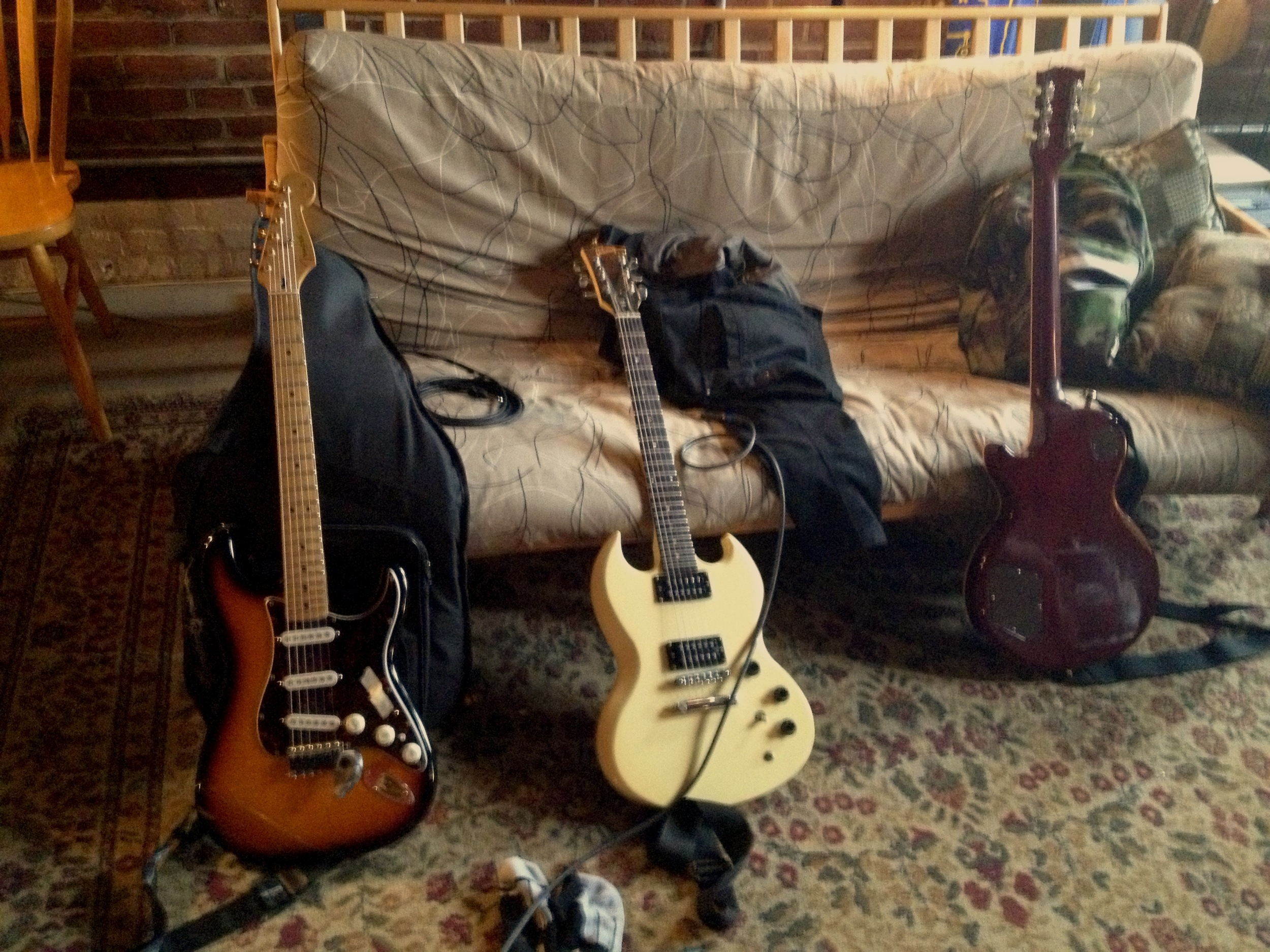 all 3 guitars.jpg