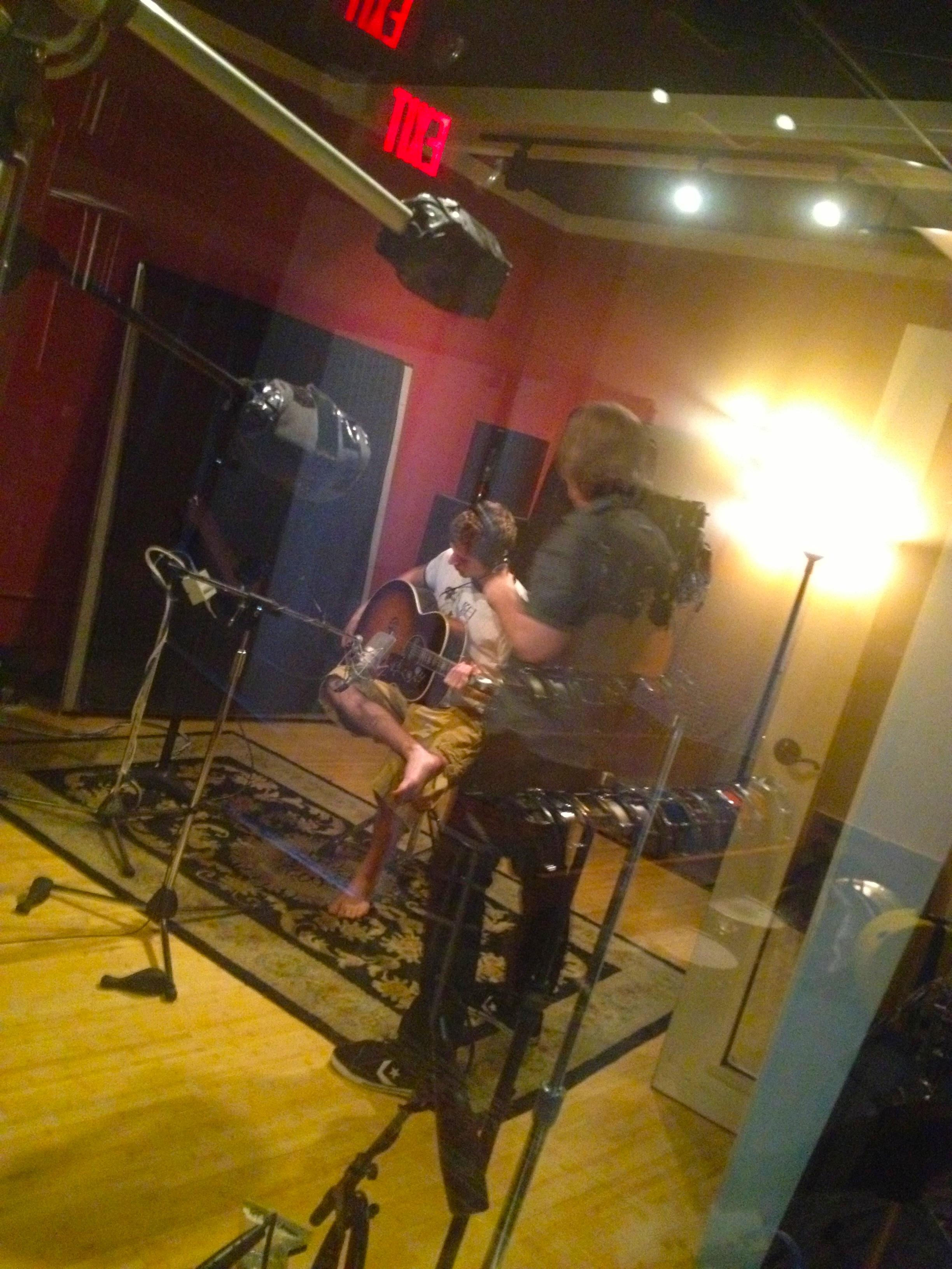 dm n jes acoustic 3.jpg