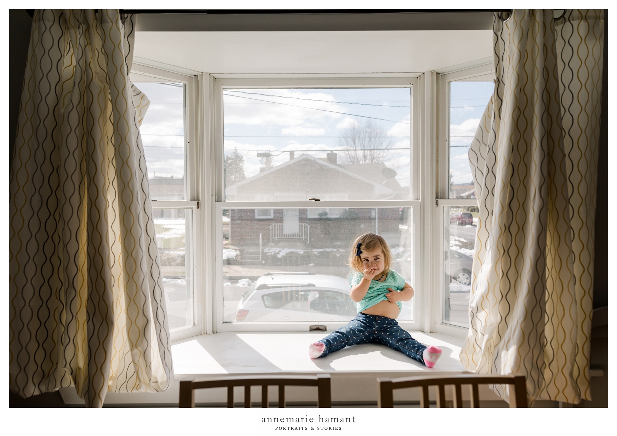 lehigh valley pa documentary session toddler in window light