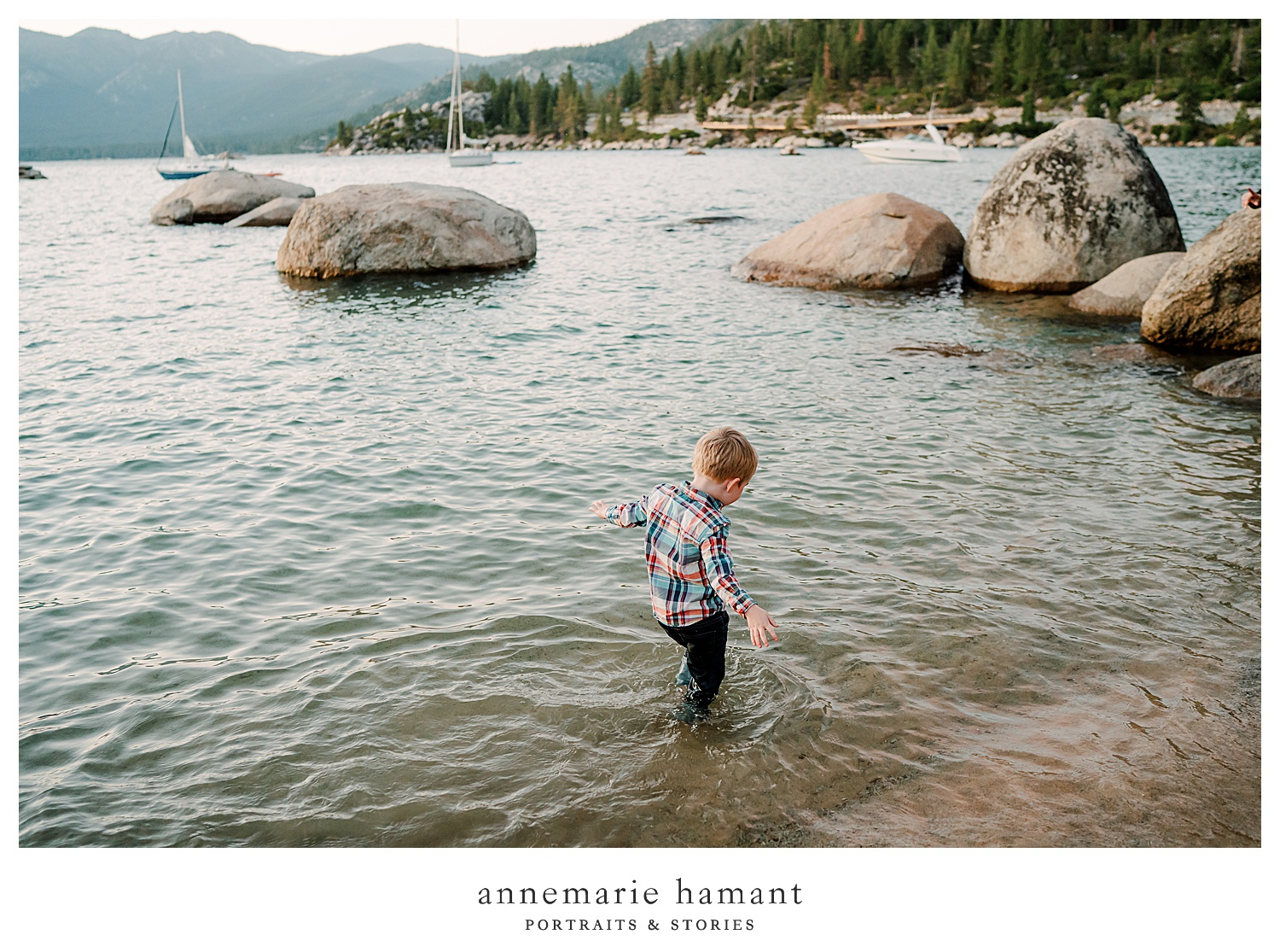 AnneMarie Hamant is a destination photographer who captures families exploring their favorite vacation destinations.