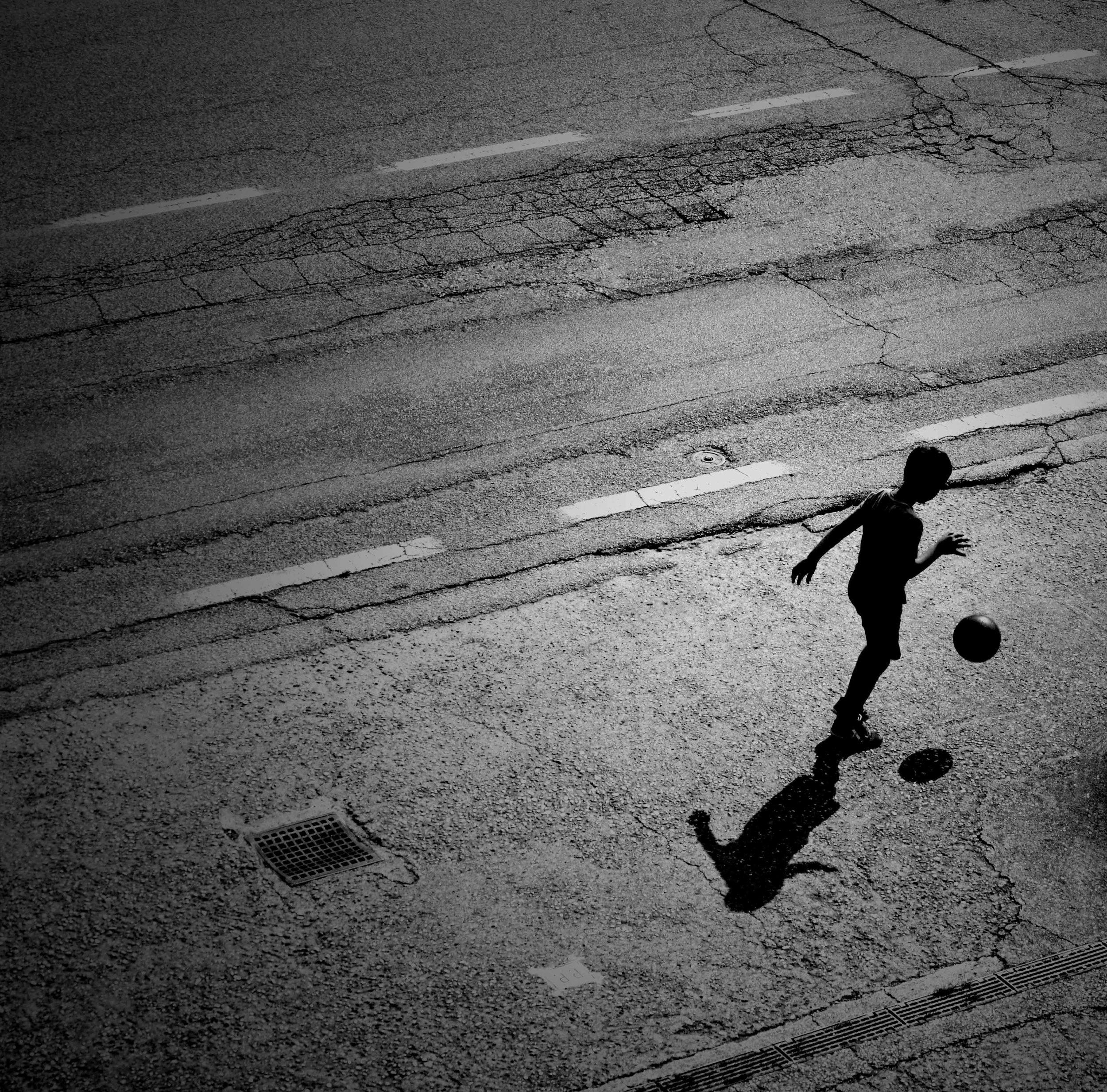 palleggi in strada.jpg