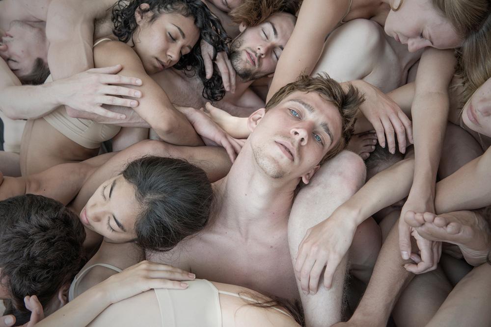 11 Nederlands Dans Theater II (Close-up) 2014.JPG