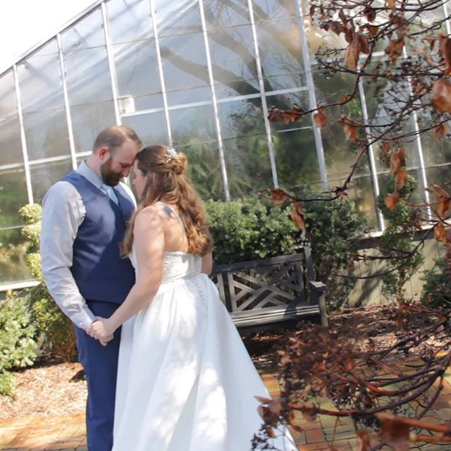 The Conservatory in #stcharles is a great place to have a #gardenwedding! Venues like The Conservatory are fantastic because they have that #outdoorwedding feel but still have a roof over your head in case the rain wants to show up unannounced to your big day. #weddingday #weddingvibes