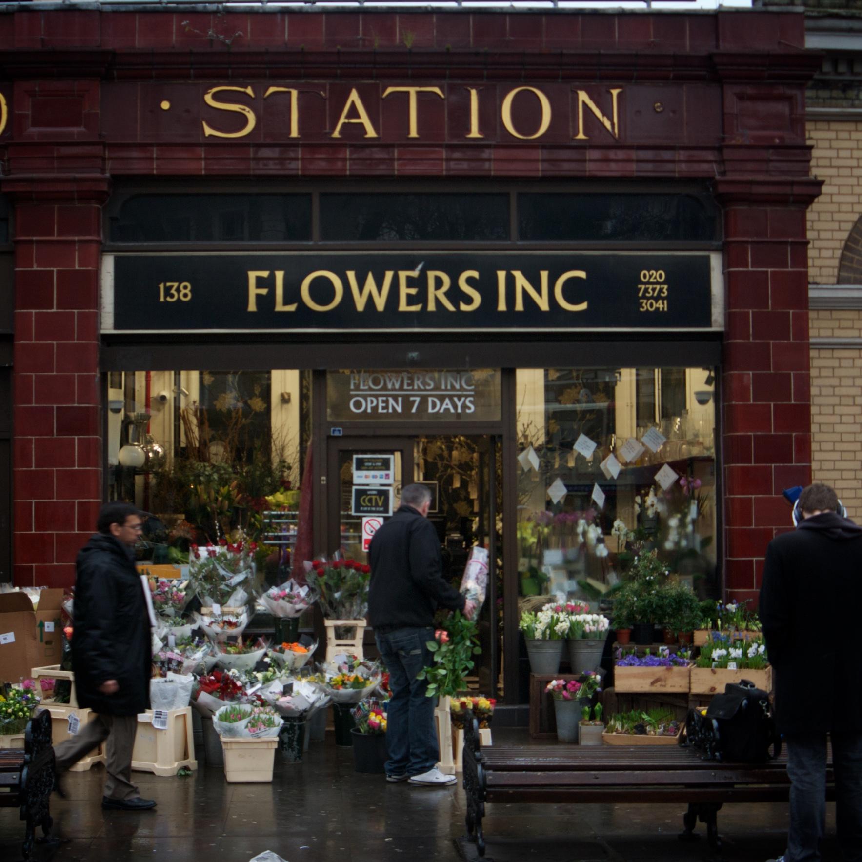 Esta floristería estaba al lado de la parada del metro