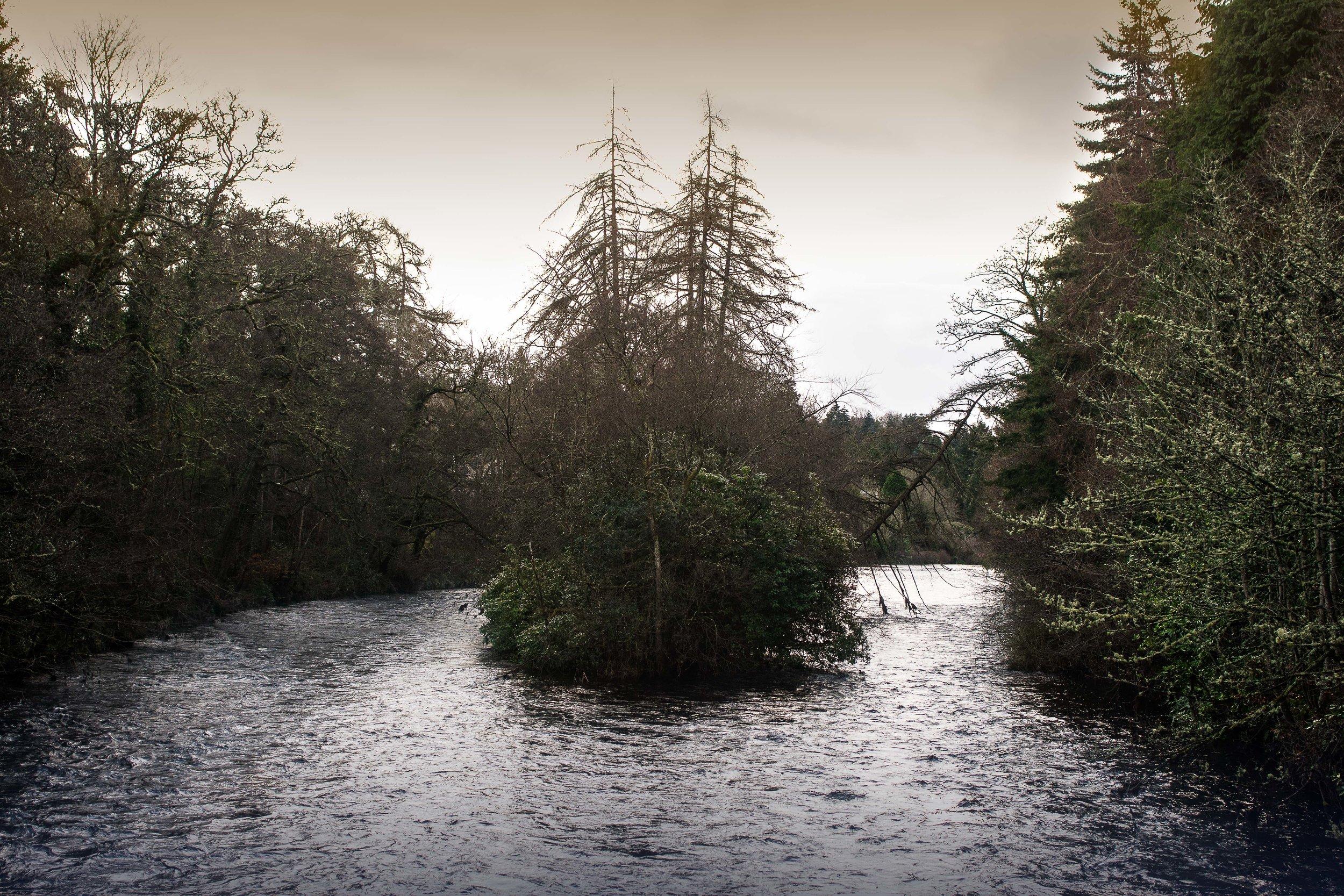 Islas del río Ness en Inverness, Escocia