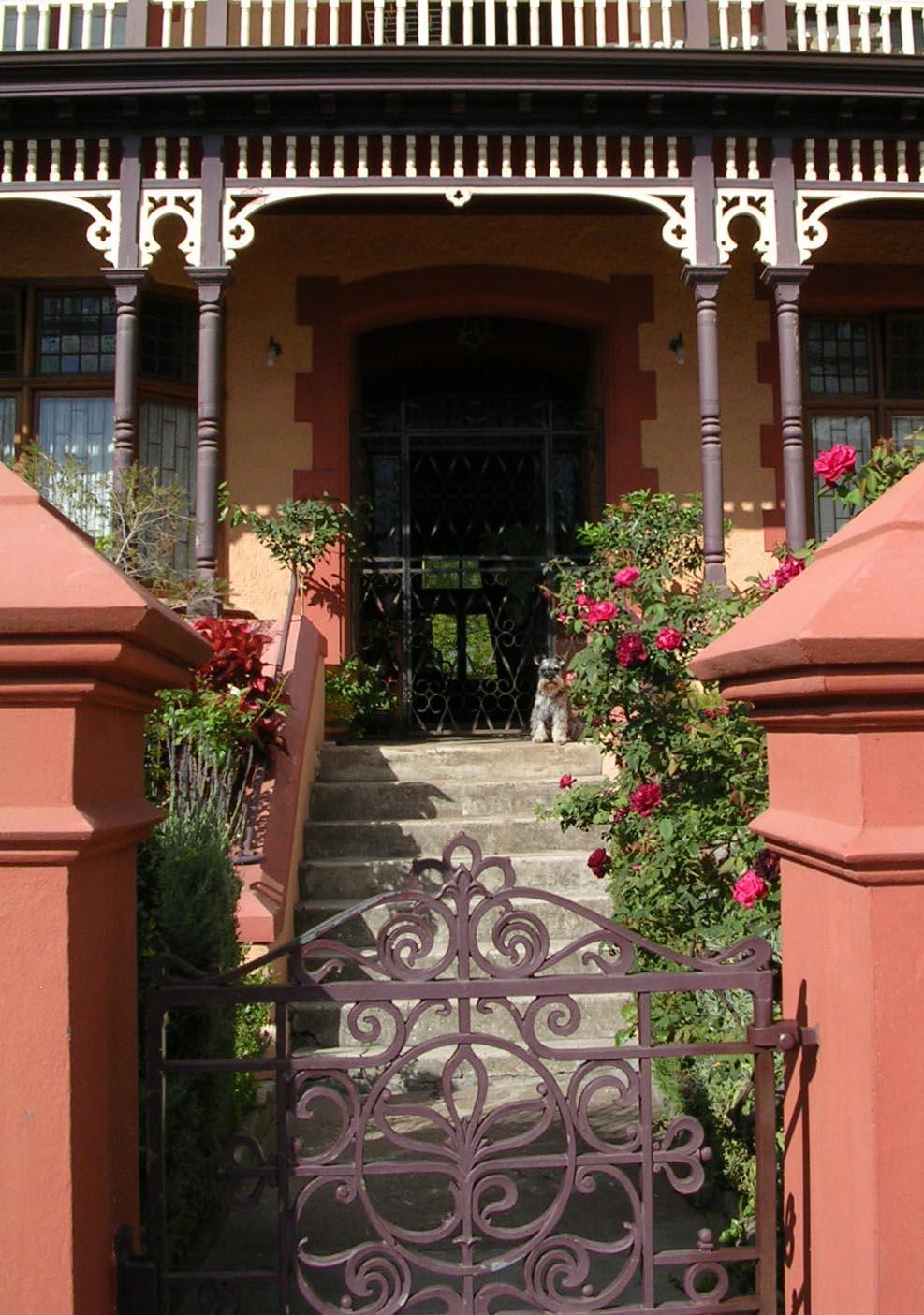 Entrance_01.jpg