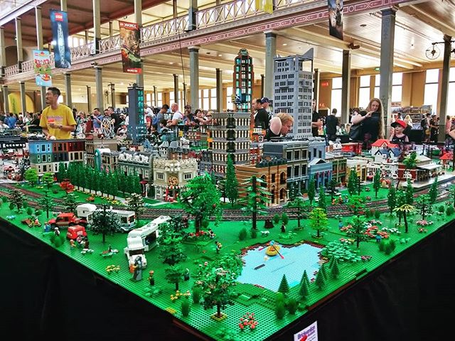 Hello from #brickvention !  A lovely day to be out in #Melbourne at the #royalexhibitionbuilding  Hope you're all having a great Saturday.  #brickvention2019 #brickventionmelbourne #visitmelbourne #schoolholidays