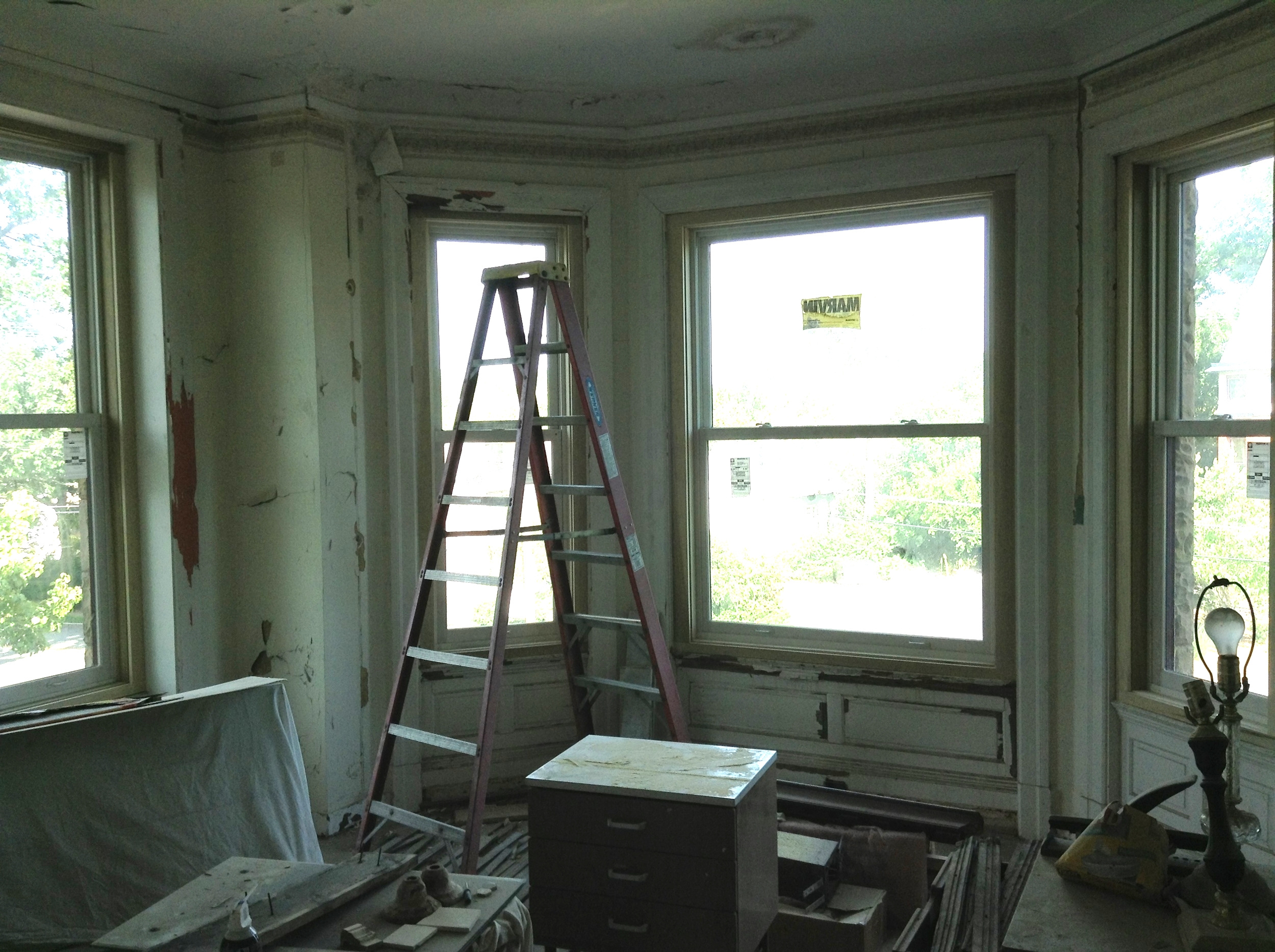 Master - Window Seat2.JPG