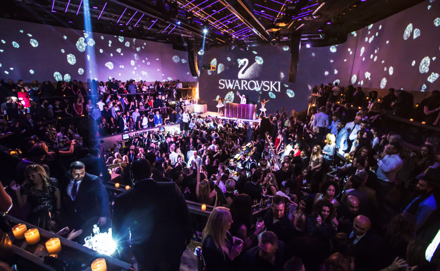MannCG was chosen to design and produce an immersive environment for a new nightclub in Rotterdam. It features music by dutch DJs accompanied by visuals and acrobatic performances. MannCG's team of media artists designed a large repertoire of visual environments, so that every visit to the club is different and unique. They also developed custom graphic environments for a Dinner show and various artists performances. MannCG created dynamic sets of visuals for 360 surround projection walls and movable stage screen.
