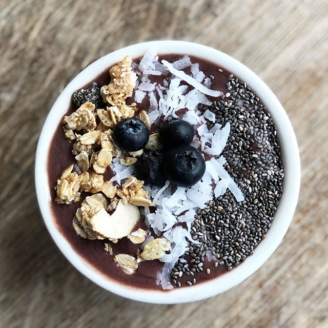 Happy Friday! Kicking off the weekend with our brand new Açaí Bowl, delicious AND loaded with fiber, protein, and antioxidants.