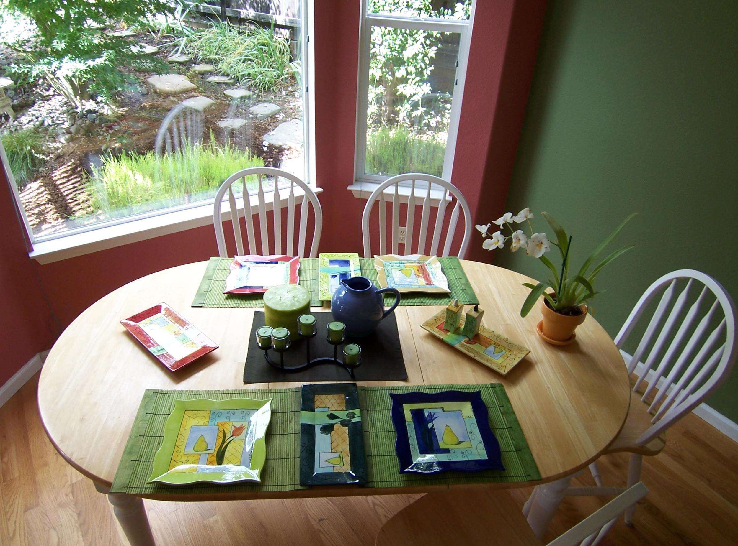 Kitchen+Decor+and+Paint+Color.jpg