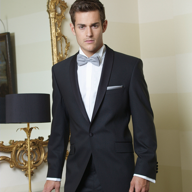 Christmas Party Dinner Suit Hire Black tie Tuxedo in Bracknell, Maidenhead, Reading, Basingstoke, Slough, Windsor, Staines, Ascot, High Wycombe, Camberley, Woking, Guildford, Henley On Thames, Marlow, Newbury, Berkshire, Hampshire, Surrey, Buckinghamshire.