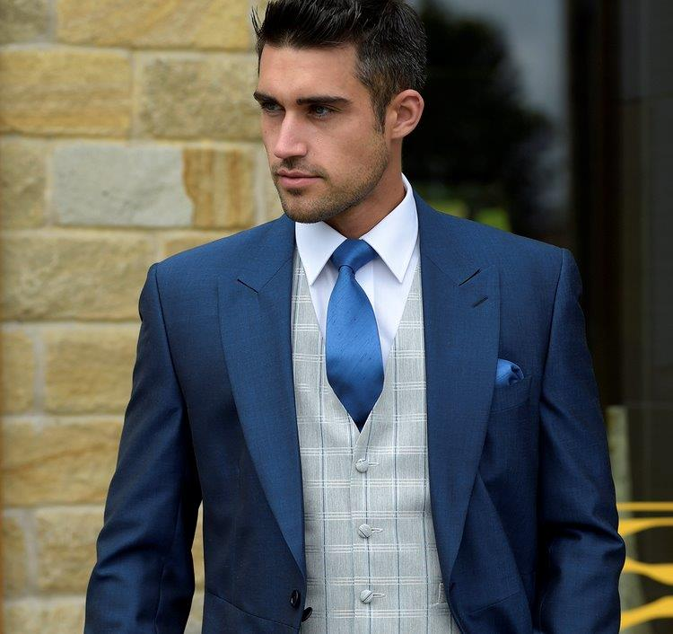 Image of mans blue wedding suit, wedding suit for hire in reading, maidenhead, henley, bracknell