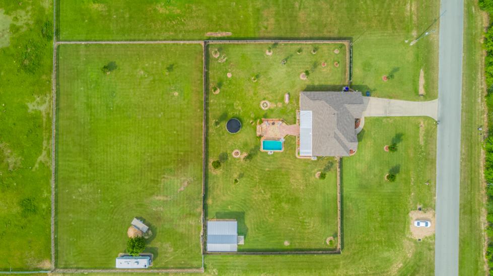 Settlers Way - Aerial 2.jpg
