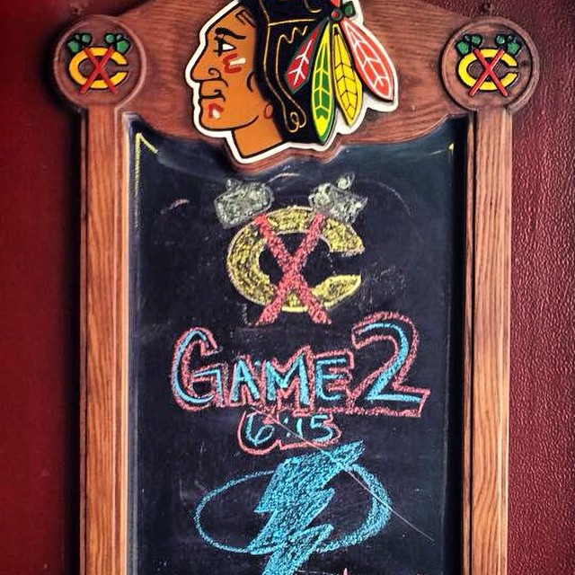 Go hawks!!!! #blackhawks #game2 #chicago #motherhubbrds #food #drinks #fun