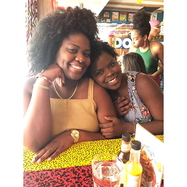 1st week down in NY & many to go !  Mi gals brought the FL ☀️ sunshine my way. 💕💕💕 #newyoker #myvillage #thehopeprint • • • • #love #peace #florida #dominickhotel #misslillys #melanin #homesweethome #nylife #friends
