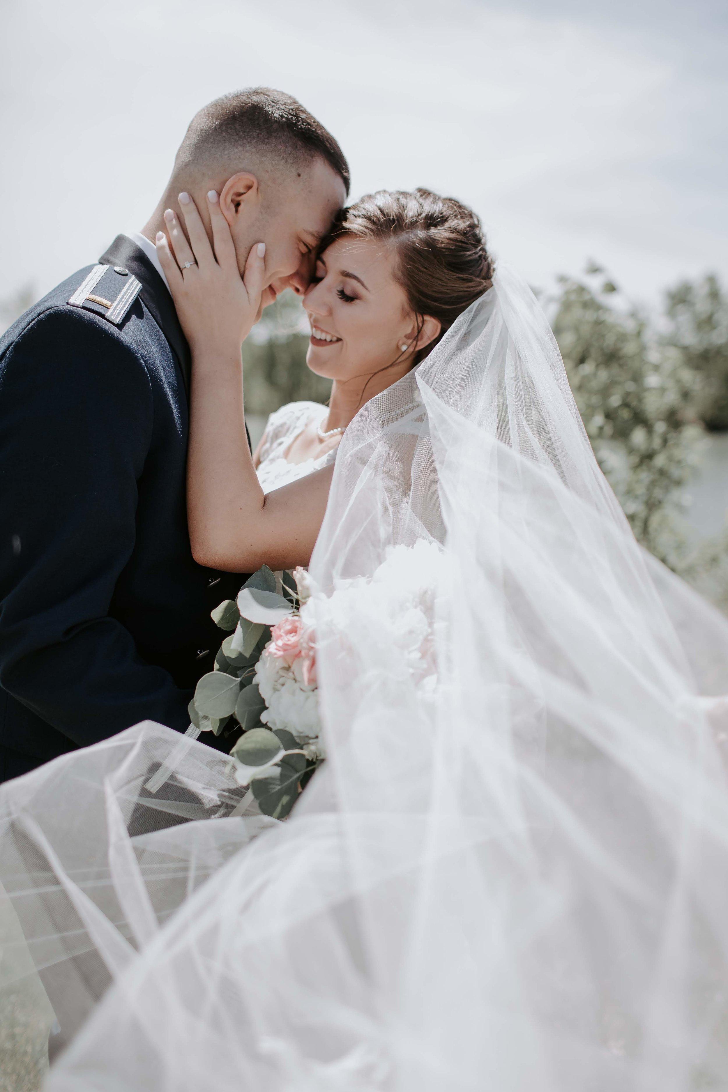 2019_Wedding_EllaandJoeTucker-383-5015.jpg