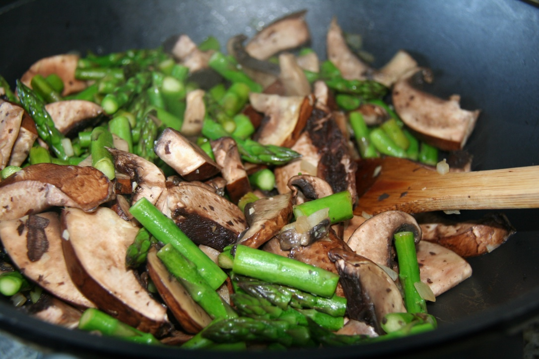 Grilled Asparagus and Portobello