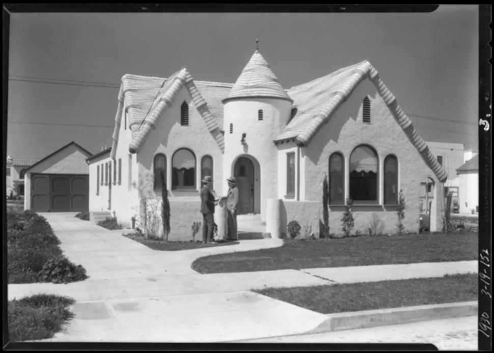 Leimert_Park_villas_Los_Angeles_CA_1930_image_3.jpg