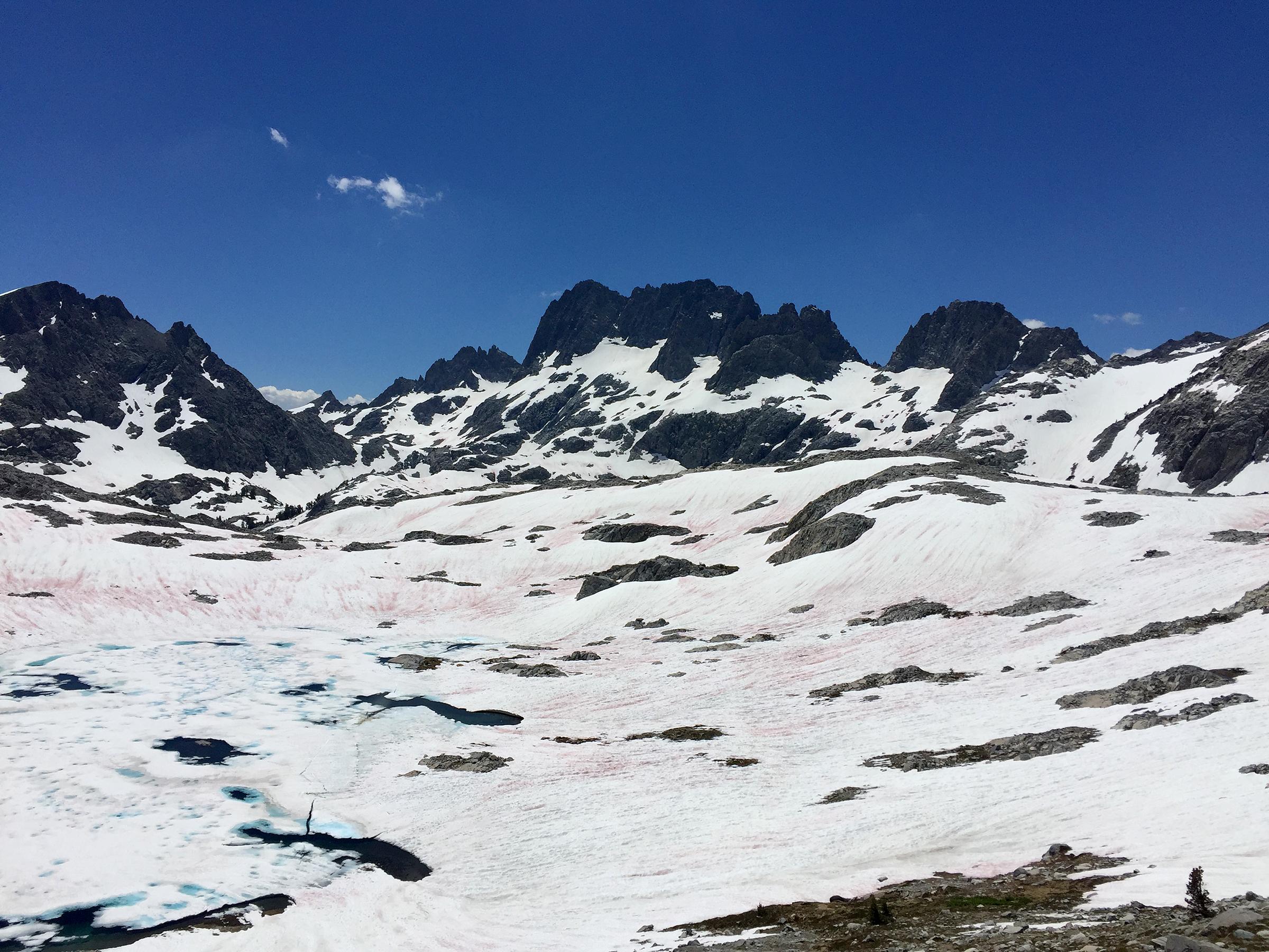 trailname-backstroke-garnet lake in snow-_0309.jpg