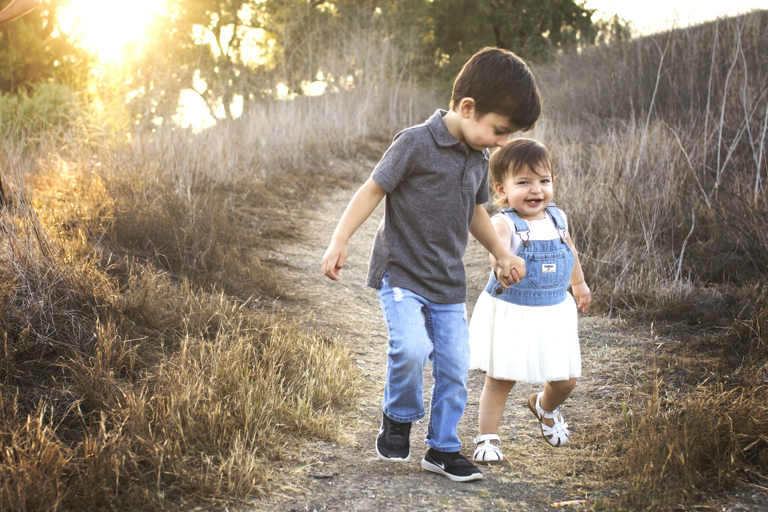 Big Brother and Baby Sister | Sibling Mission Viejo Photographer