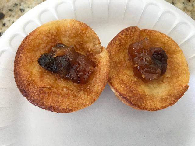 Mini coconut popovers withMelon, apple & pear chutney