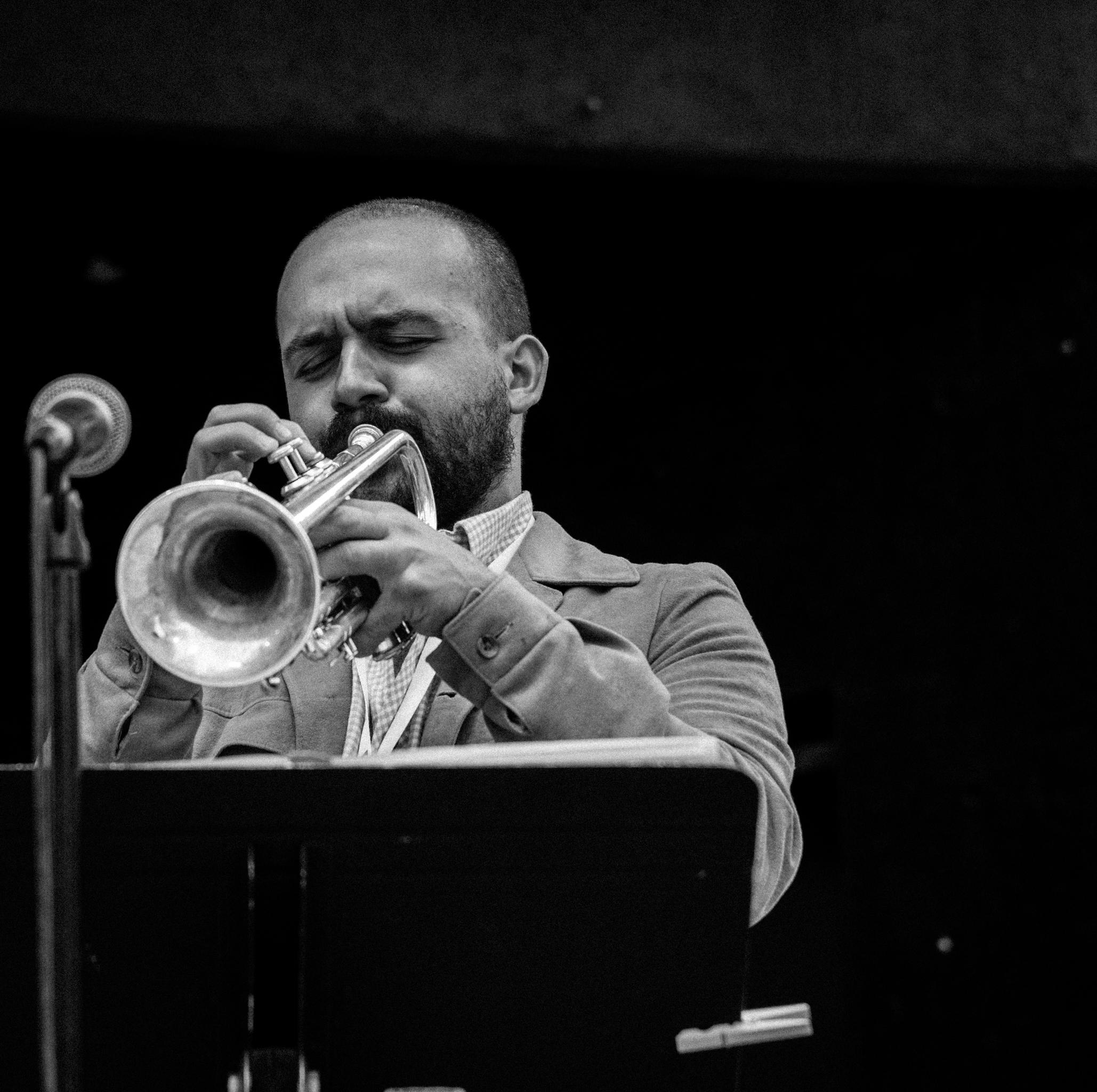 TUJF2018 Main Stage mani 5-trumpet.jpg