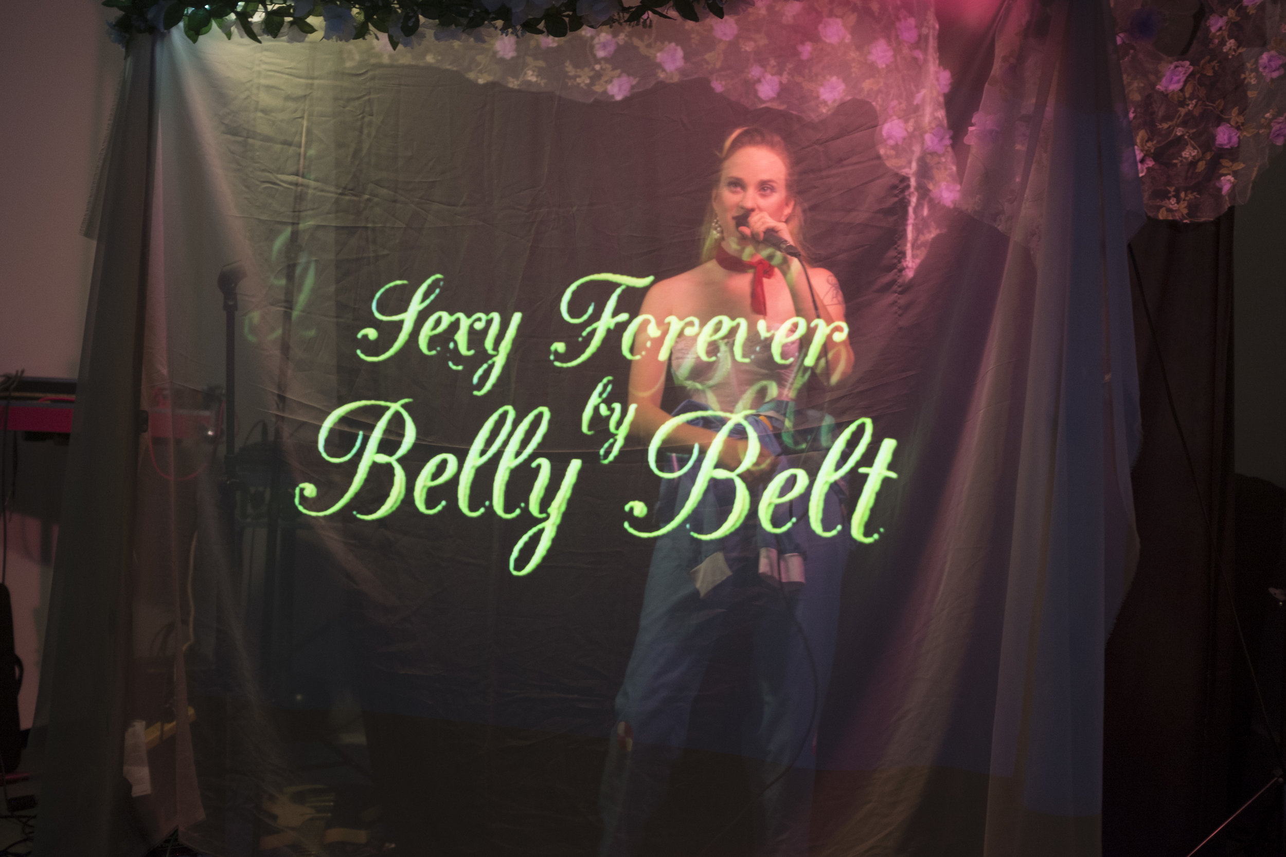 sexy and saxy forever, belly belt