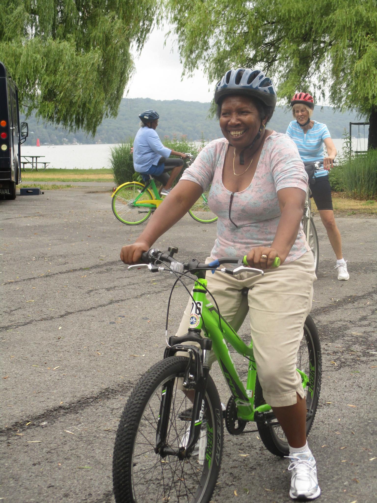 GIAC Senior Bike Day 2018 Muriel.JPG