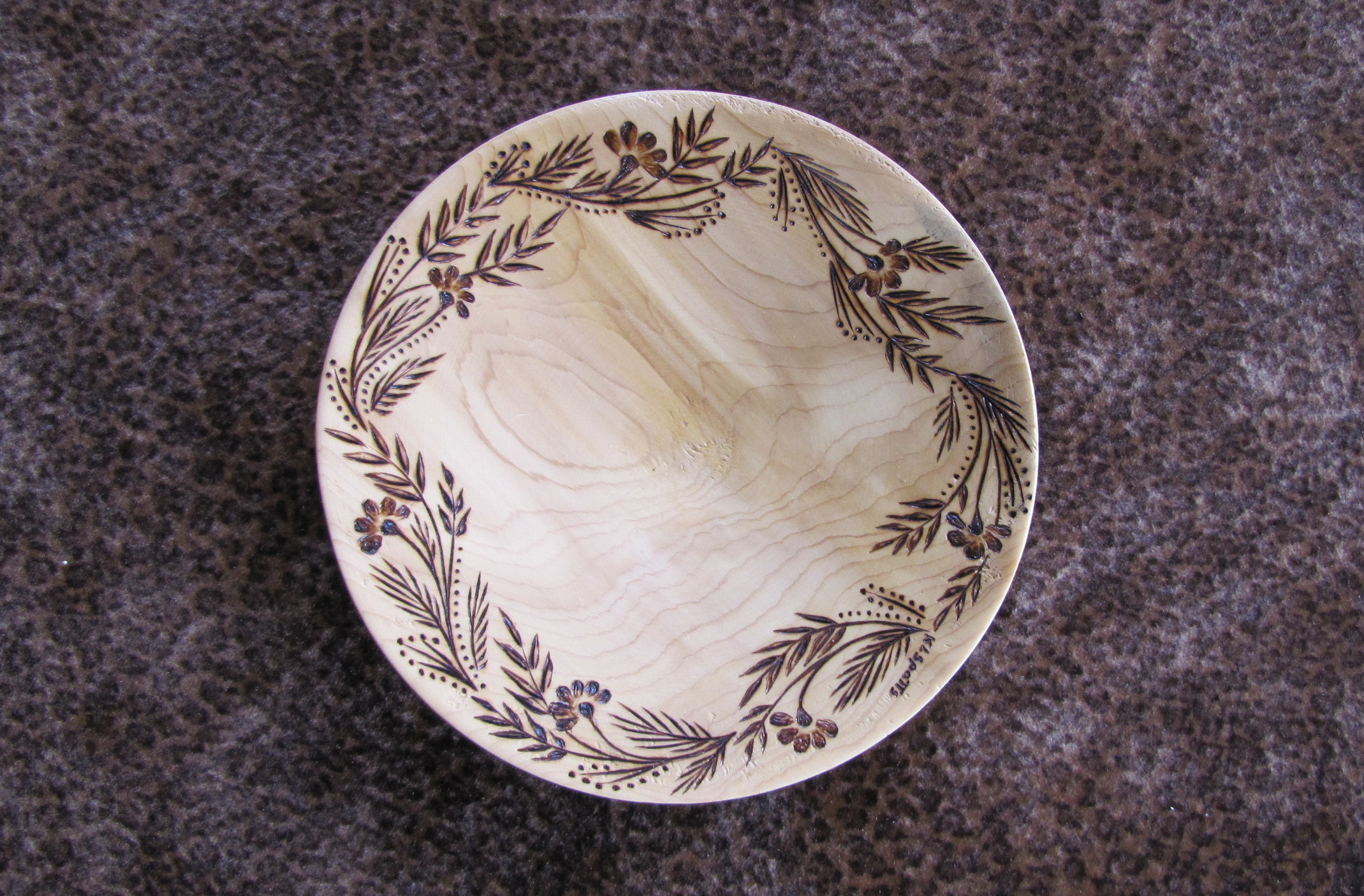 Wood-burned dish with leaves by Karen