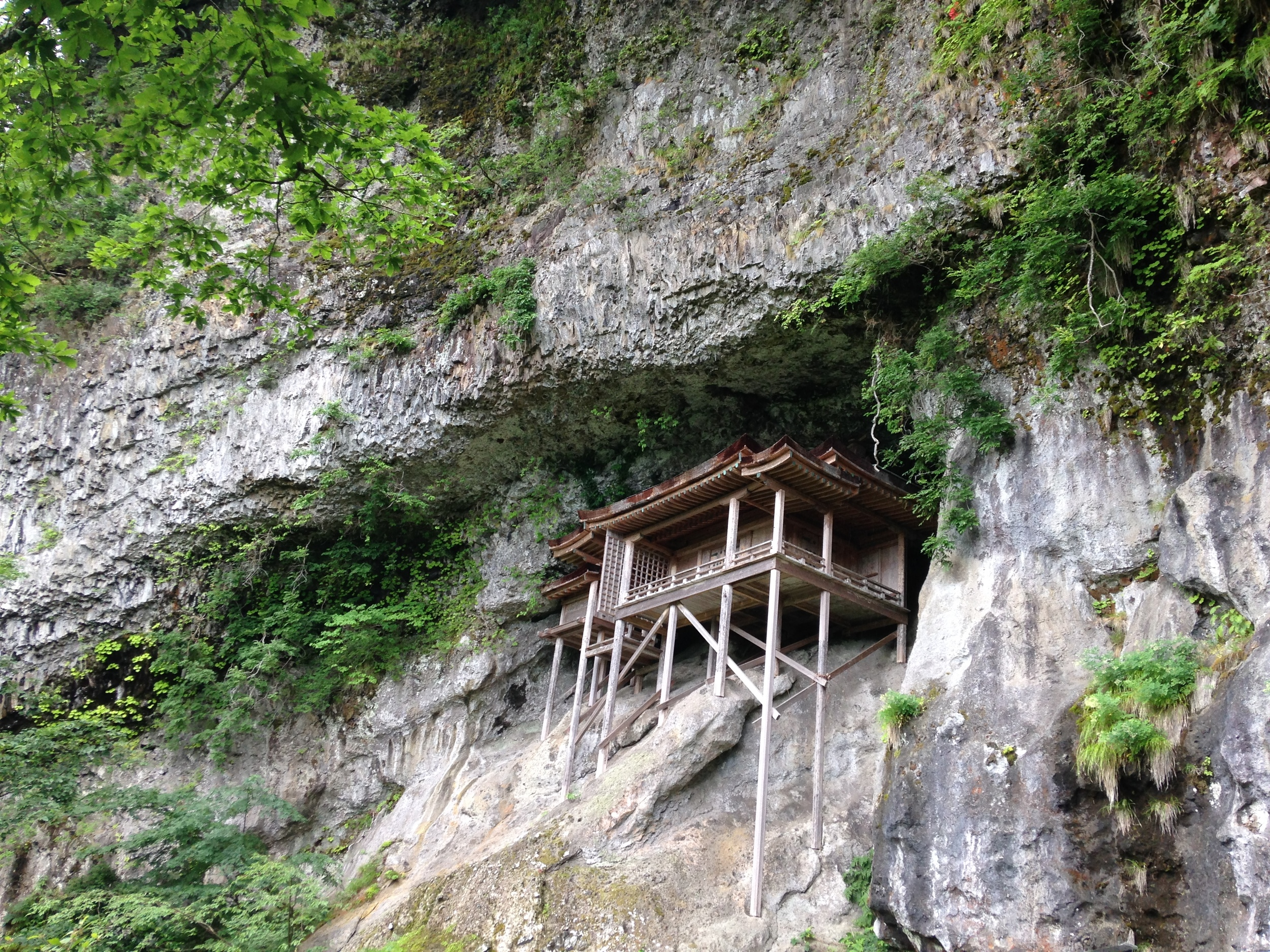 Nageiredo Temple, a beautiful 1300 year old structure built into the cliff face at nearby Mount Mitoku.