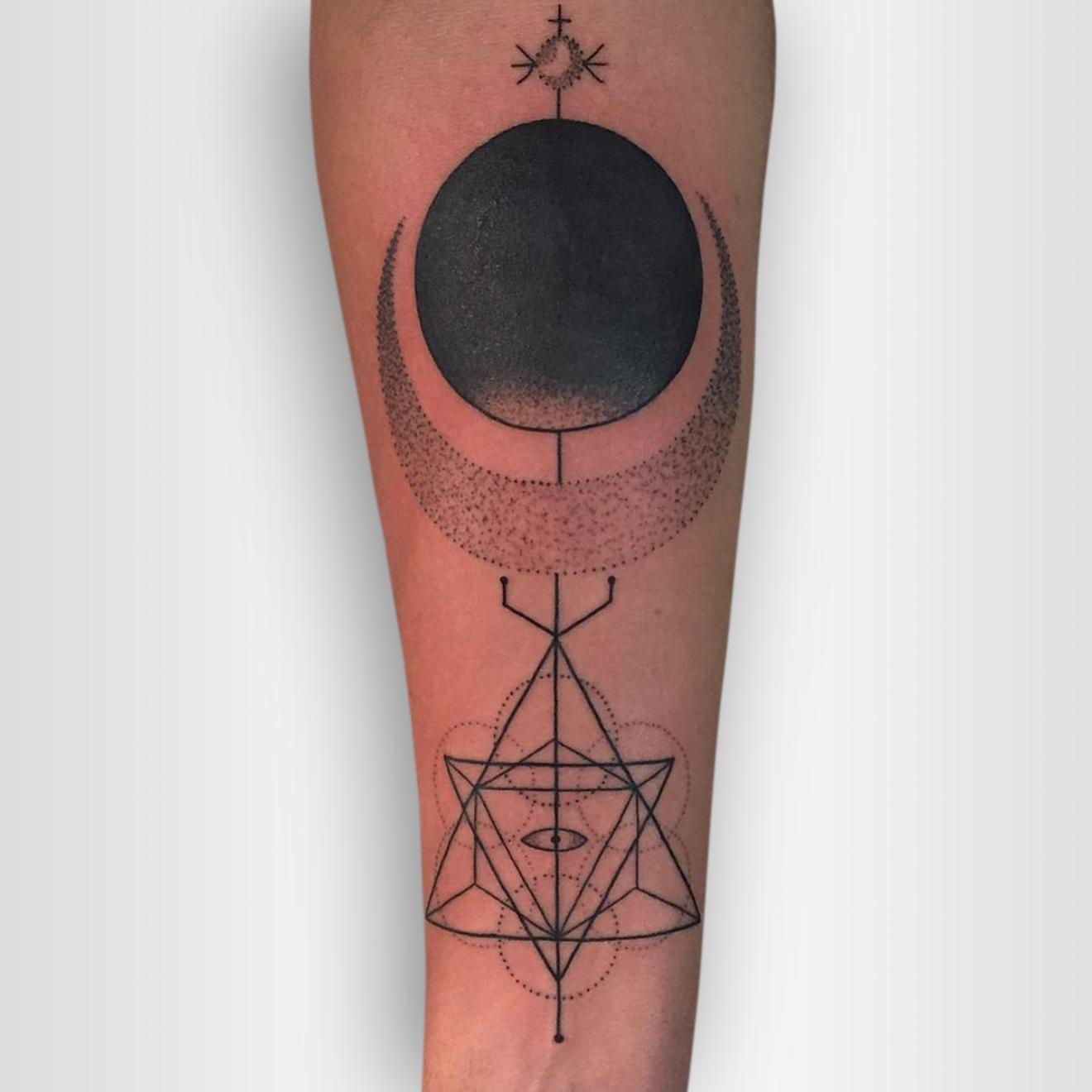 tattoo-artist-dustin-wengreen.jpg