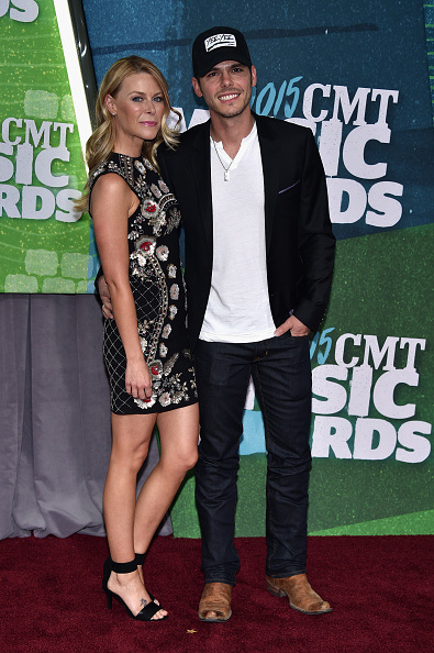 2015 CMT AWARDS