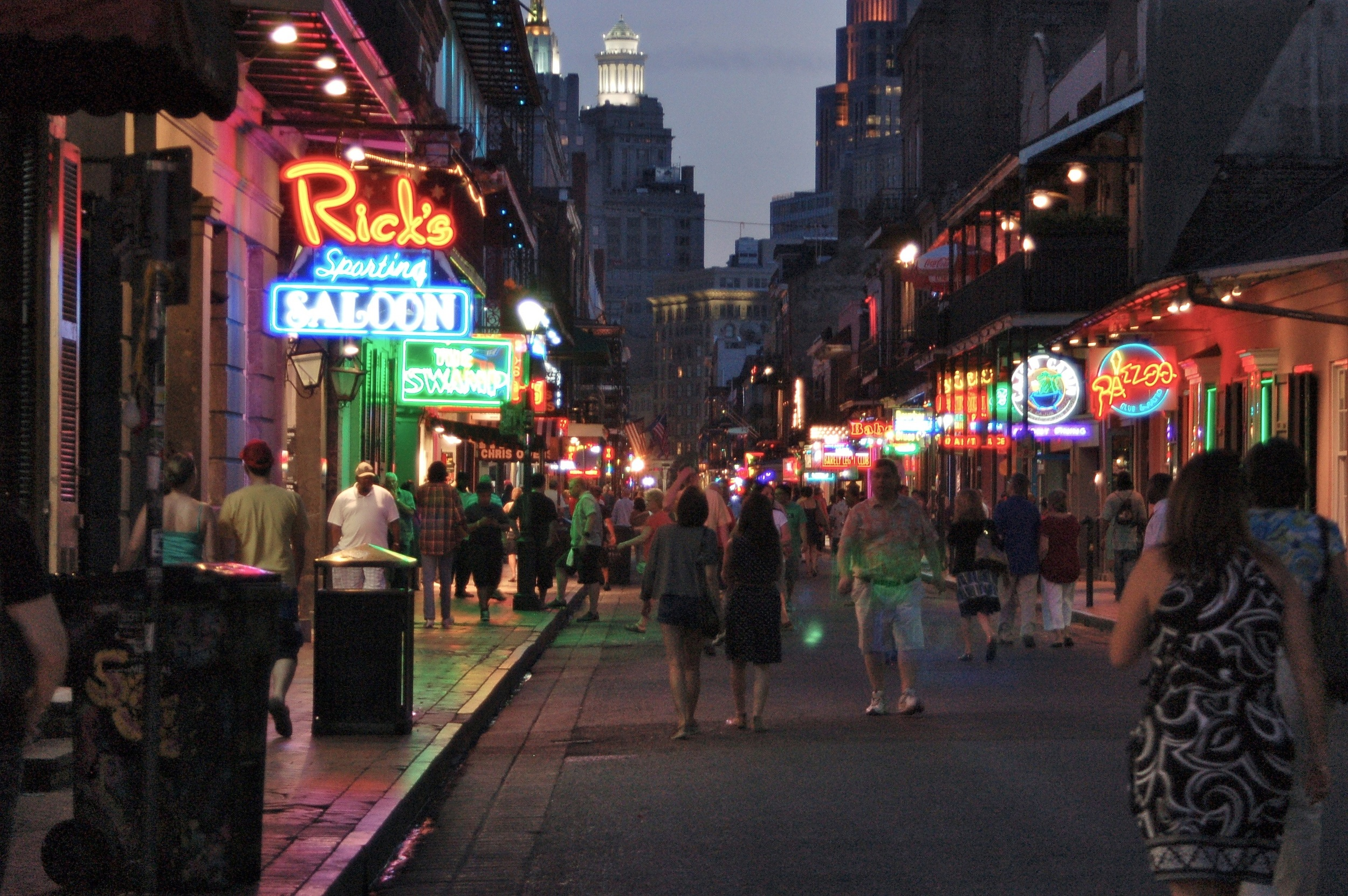 bourbon-street-at-night.jpg