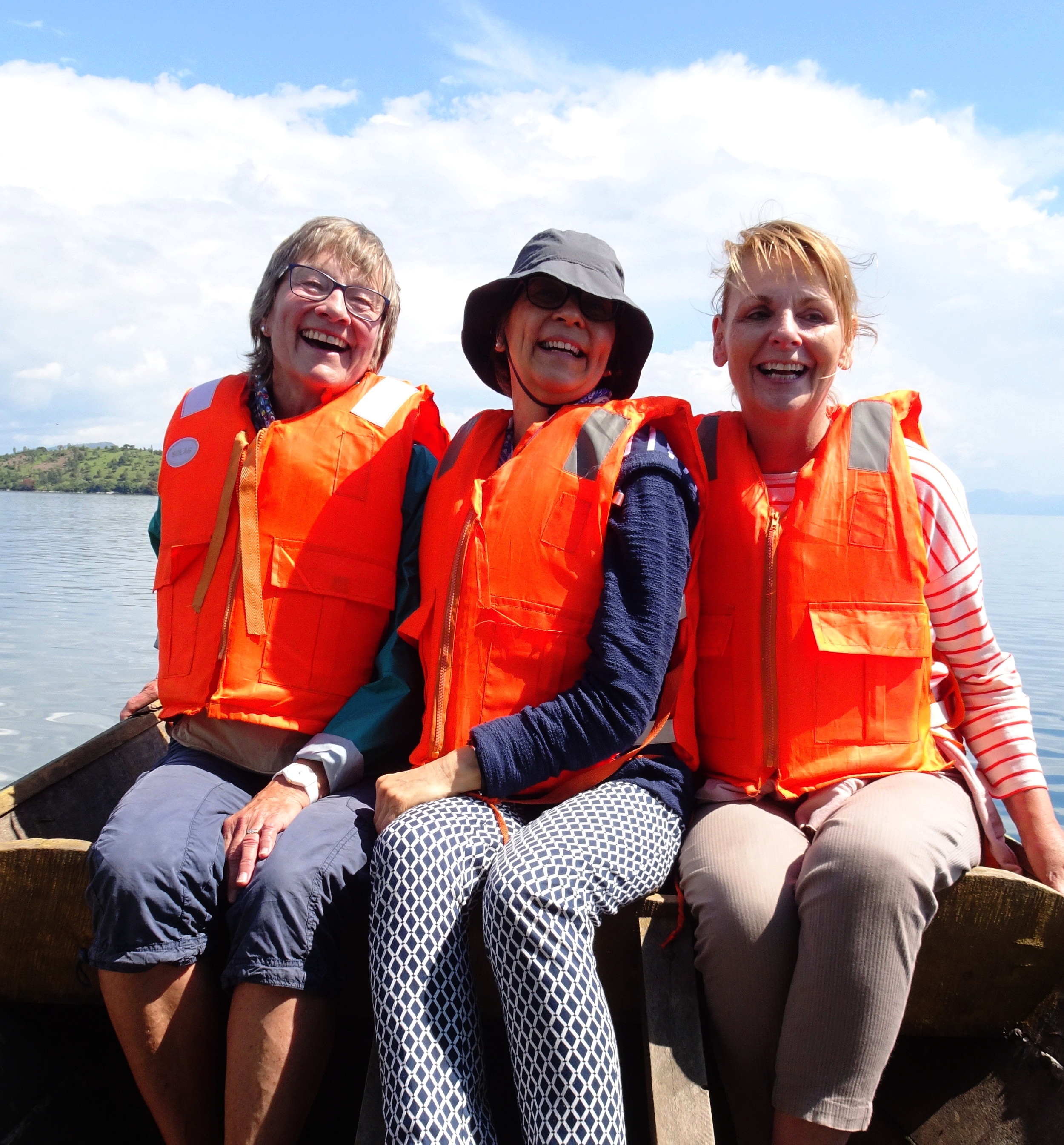 When Chris returned home, Margo was joined by Janice and Jane, ex VSO Ghana volunteers, for a further two weeks. They came not only to discover Rwanda, but to use their experience and skills to support the project.