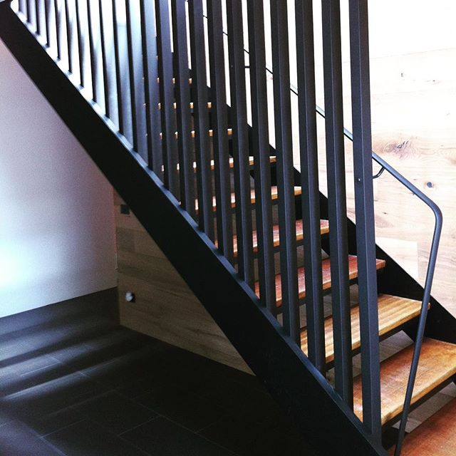 Bannister #frame #metalfabrication #metal #architecture #bannister #stairs #fabrication #design #interior #creatives #goingup #steps #nkliving #black #powdercoat #wood