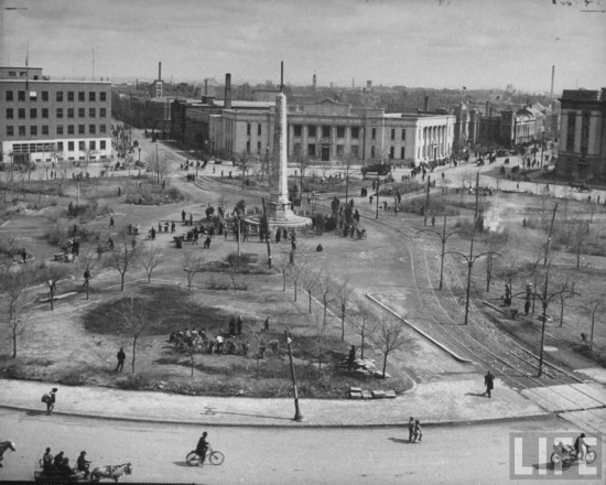 "The present day Zhongshan Square (Mao Statue) as it looked in 1946 after the expanded rail line. This scene was captured shortly after the Russians, who had only just done a very devastating attempt at ""liberating"" Shenyang from the Japanese, The area was cleared by the Guomindang (i.e. the political party that established Taiwan. This was also the first year the square would be called ""Zhongshan"" Square, replacing the occupied name of Naniwa Square."