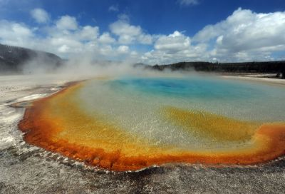 Another view of the Grand Prismatic Spring at Yellowstone National Park that is heated by the supervolcano below. (Image courtesy Mark Ralston/Getty Images)