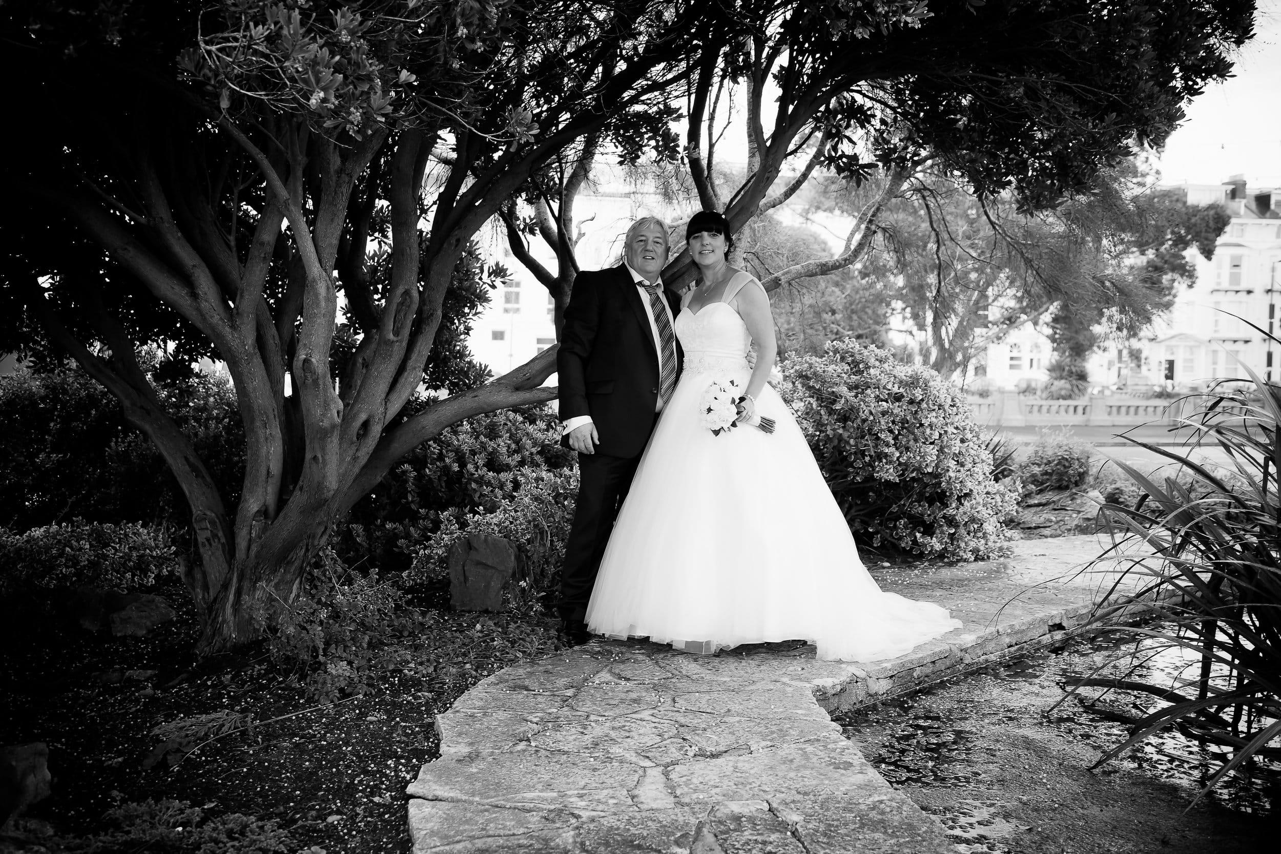 Johnny Black Hampshire Wedding Photography Ronnie Jane 8.jpg