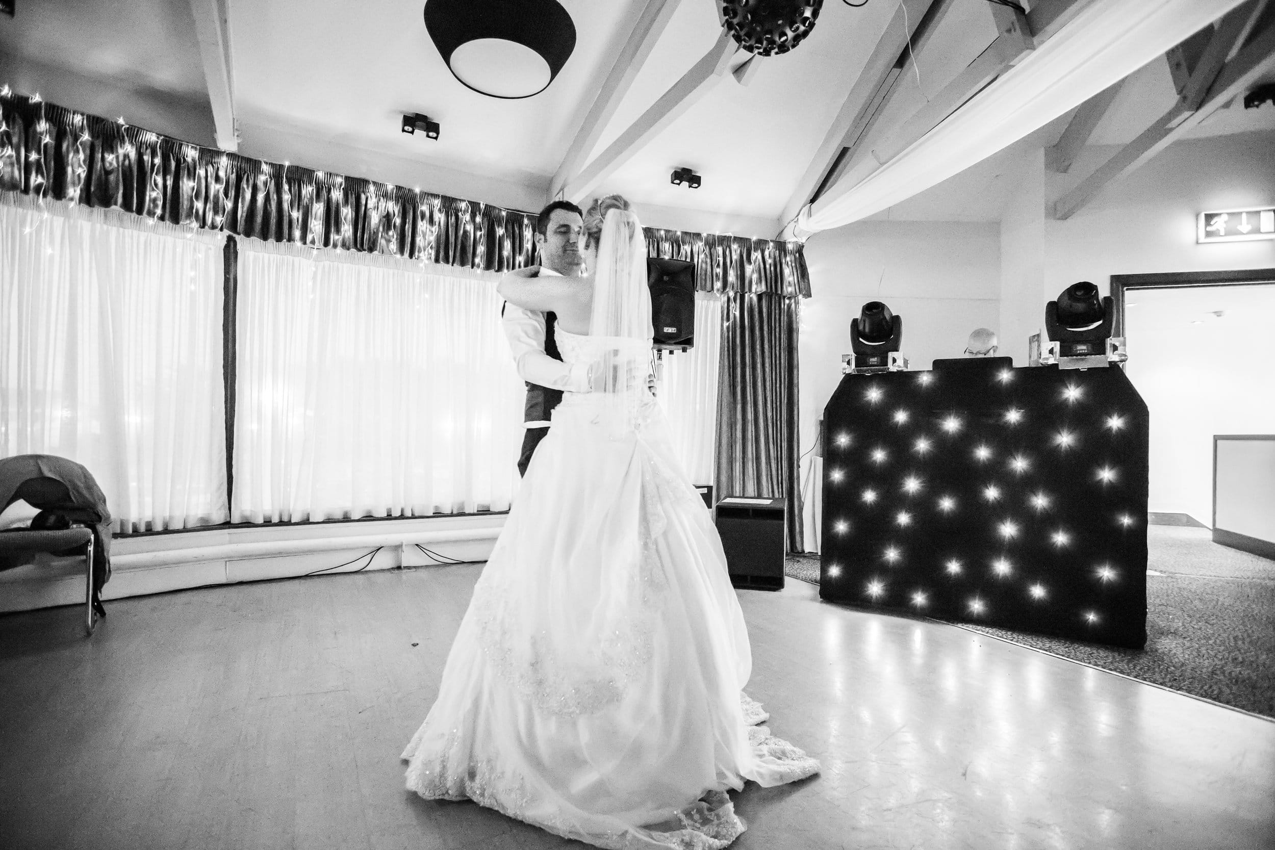 Johnny Black Hampshire Wedding Photography Tom Samantha 9.jpg