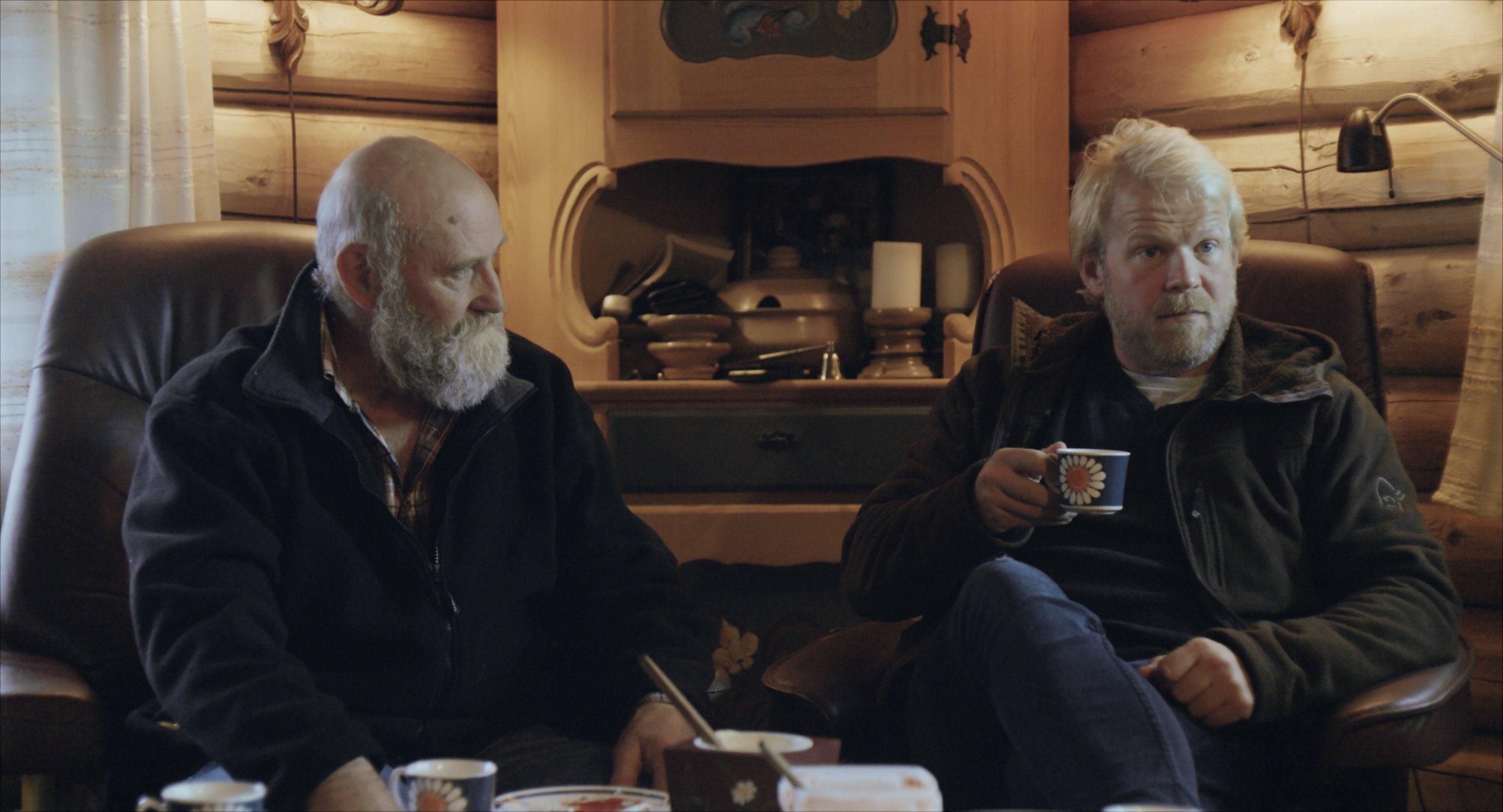 Bjarne Syversen som onkel Bjarne og Anders Baasmo Christiansen som Anders.