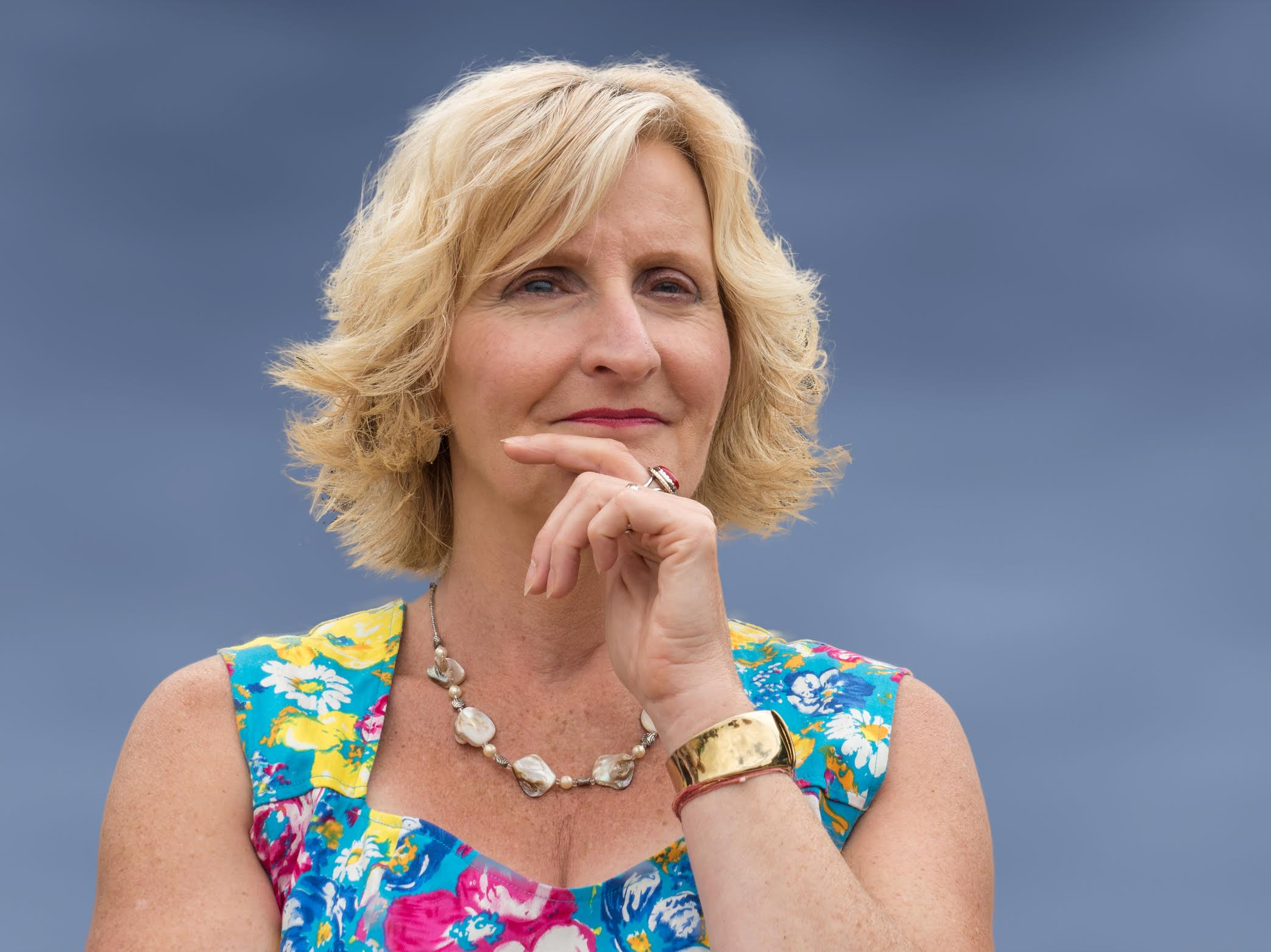 Izzy Ixer, Director and Principal Consultant and the expert behind Blue Pebble coaching.