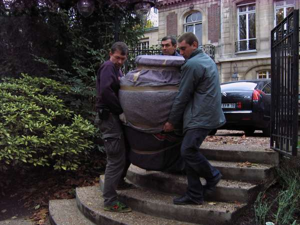 transport-art-tes-dominique-gaucher-vase-ministere-ecologie-paris-restaurarte.jpg