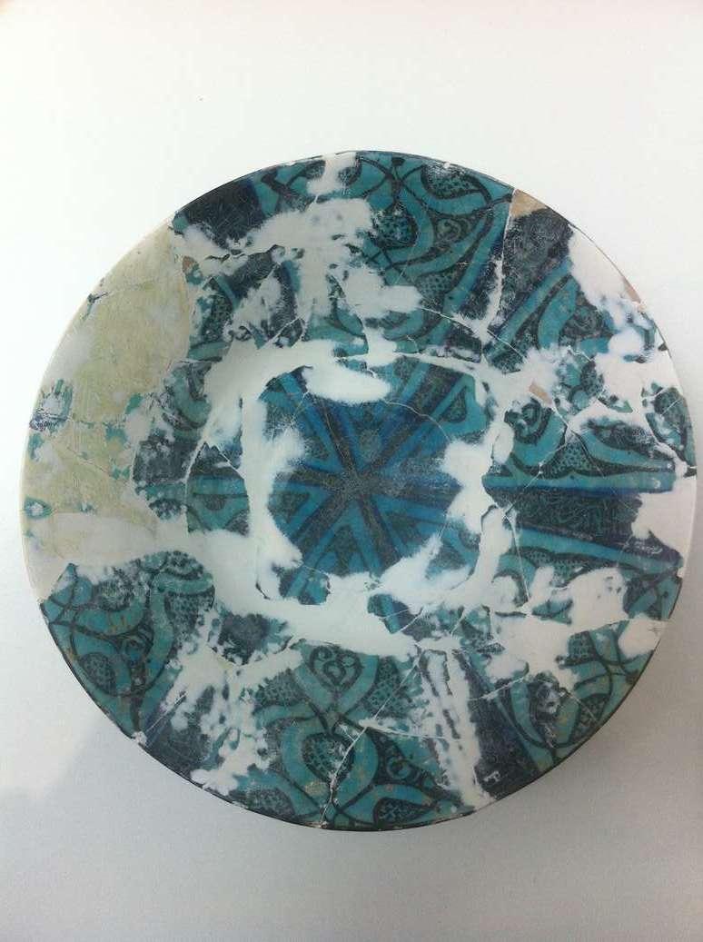 gres-ceramique-perse-comblement-ponçage-art-restaurarte.JPG