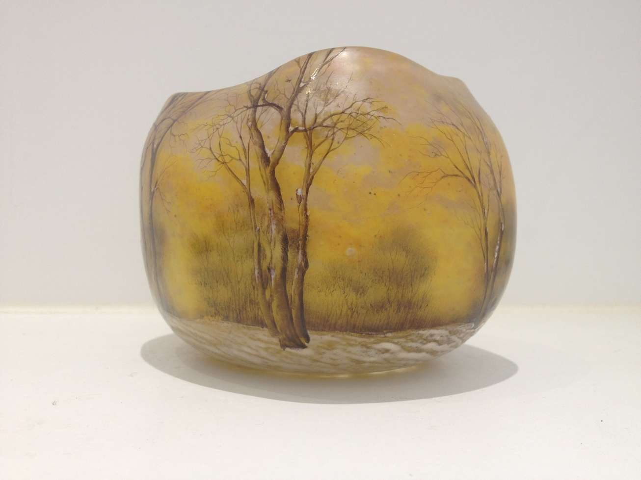daum-freres-patrimoine-vase-decoratif-resine-transparence-art-restauration-reparation-restaurarte.jpg