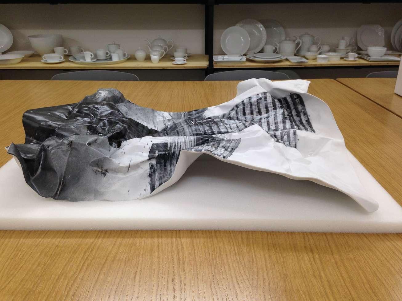 jr-decade-perrotin-2015-restaurarte-art-porcelaine-impression.jpg