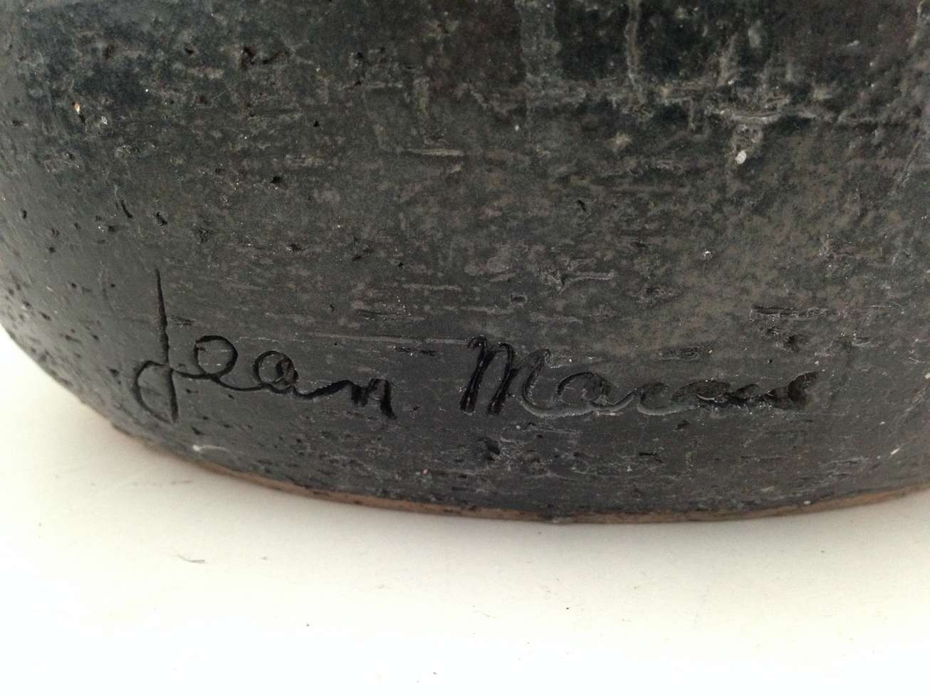 jean-marais-signature-poterie-art-restaurarte.jpg