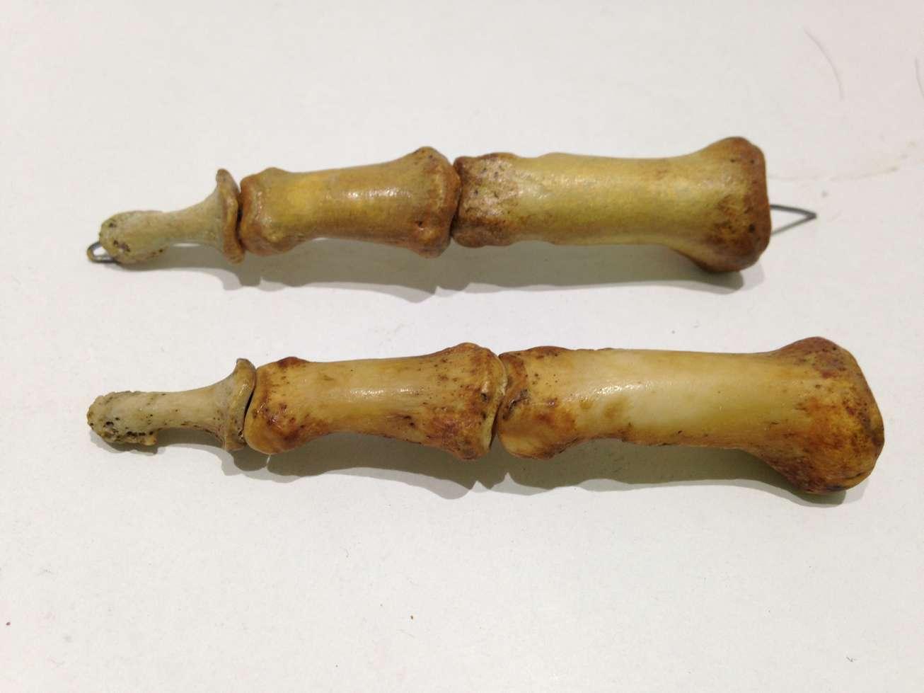 copie-resine-os-doigt-squelette-art-restauration-restaurarte.jpg